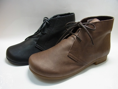 ヒモ靴・フラットショートブーツ革