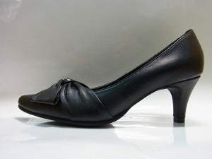 婦人靴 レディースシューズ パンプス 革クロスリボン yuriko matsumoto