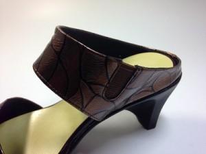 婦人靴 レディースシューズ ミュール本革 モールドソール・ローズ革 金具付 痛くない靴 yuriko matsumoto